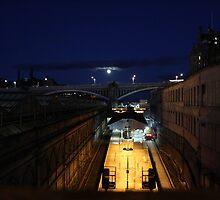 edinburgh - night shot I by gstella