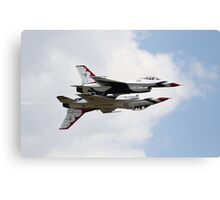 USAF Thunderbirds F16 Fighting Falcons Canvas Print