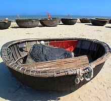 Coracles © by Ethna Gillespie