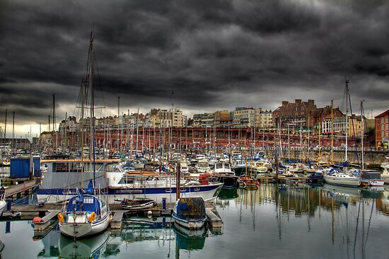 Ramsgate Harbour by timpr