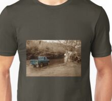 Landrover vs the river Unisex T-Shirt