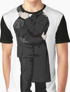 KISSING SHERLOCK AND JOHN Graphic T-Shirt