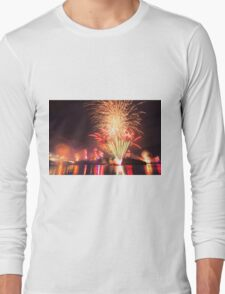 Fireworks in Brisbane Long Sleeve T-Shirt