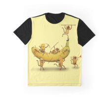 Monkeys are nuts Graphic T-Shirt