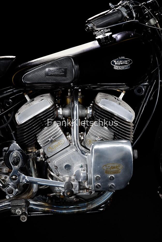 Brough Superior 11.50 Engine by Frank Kletschkus