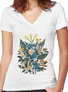 Life is damn good Women's Fitted V-Neck T-Shirt