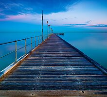Frankston Pier by hangingpixels