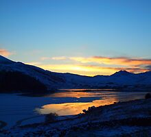 Winters Sunset by Simon Evans