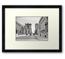 Vintage Fifth Avenue NYC Photograph (1908) Framed Print