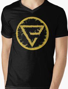 Quen Sign Mens V-Neck T-Shirt