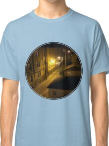 Chicago alley at night Classic T-Shirt