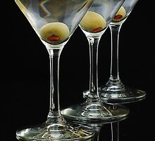 Three Martinis by woodnimages