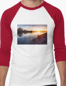 Purple Rocks Sunrise – Lake Ontario Impressions Men's Baseball ¾ T-Shirt