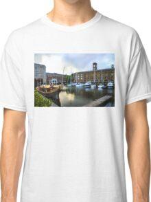 Golden Boat - Gloriana, The British Royal Barge Classic T-Shirt