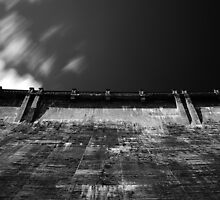 Maroondah Dam Wall by Andrejs Jaudzems