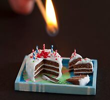 Birthday Candles by CaroMFW