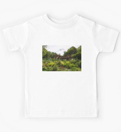 English Cottage Gardens - Summer Green in Watercolor Kids Tee