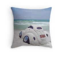 VW sand sculpture Throw Pillow