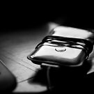 Ipod in Black and White by apsjphotography
