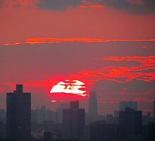 December Sunset, New York City by Alberto  DeJesus