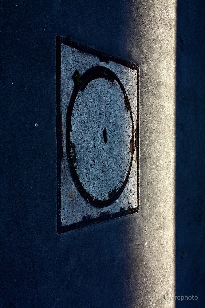 Space Odyssey 2012 on Paris Pavements ....... by 1morephoto