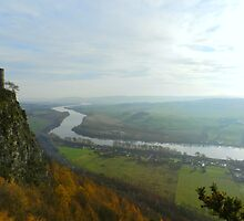 View from Kinnoull hill of the River Tay by weecritter