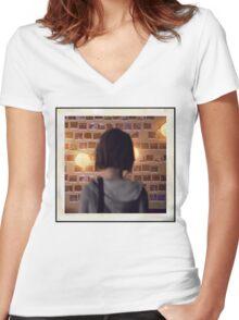 Life Is Strange - Polarized Women's Fitted V-Neck T-Shirt