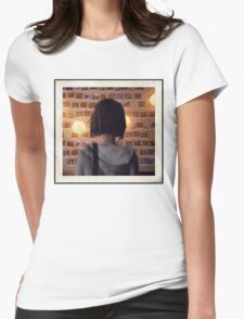Life Is Strange - Polarized Womens Fitted T-Shirt