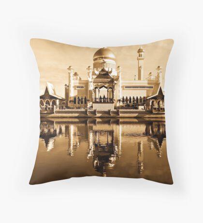 HISTORIC MOSQUE Throw Pillow