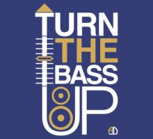 TURN THE BASS UP - Crossfader & Speaker DJ by AMNdesigns