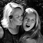 mom & daughter by Jari Hudd
