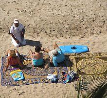 A Kind of Magic Carpet Ride: Buying Necklets at the Beach - Una Forma de Volar en el Tapete Magico: Comprar Collares by PtoVallartaMex