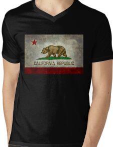 California Republic state flag - Vintage retro version Mens V-Neck T-Shirt