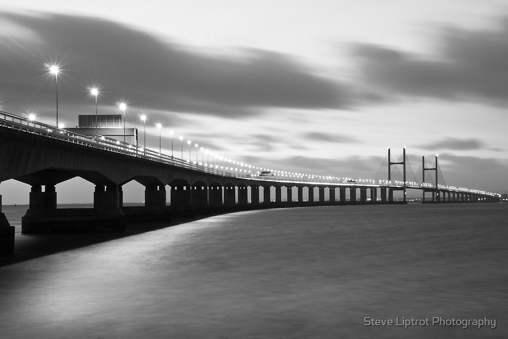 Ail Groesfan Hafren (Second Severn Crossing) by Steve  Liptrot