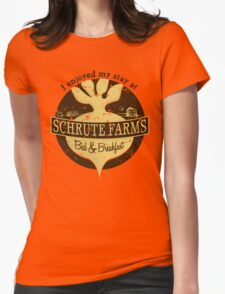 I enjoyed my stay at Schrute Farms (Brown) Womens Fitted T-Shirt