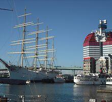 The Lipstick, Gothenburg Harbour by KarenJI1962