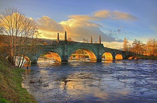 Wade's Bridge at Aberfeldy by Tom Gomez
