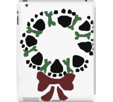 Funny Paw Prints and Biscuits Christmas Wreath iPad Case/Skin