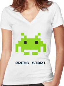 SPACE INVADERS RETRO PRESS START ARCADE TSHIRT Women's Fitted V-Neck T-Shirt