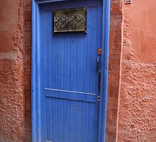 A Moroccan door by lizzieskinner