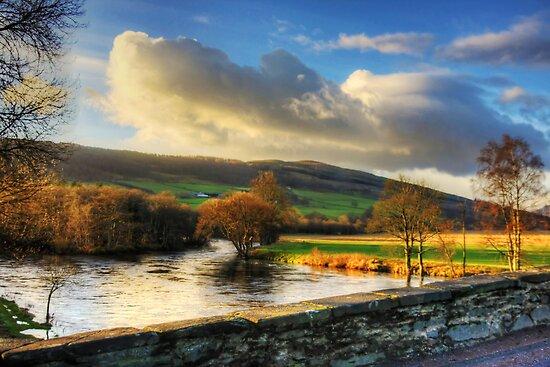 River Tay by Tom Gomez