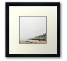 Mennesket ved Havet Framed Print