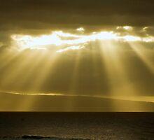 Maui Sun Rays by George Lenz