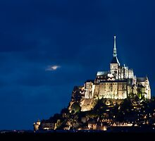 Le Mont Saint Michel by Maxim Mayorov