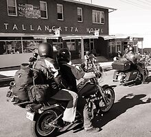 Tallangatta Hotel, Motorcycle group - Tallangatta Picture by jenenever