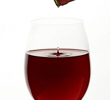 Red Wine On White Background With Droplet by talitafotografa