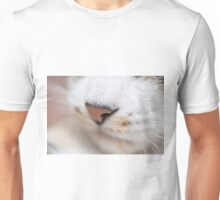 Kitty pink nose Unisex T-Shirt