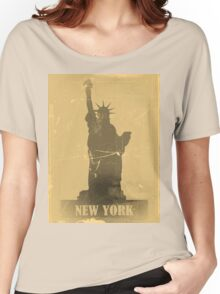 Statue of Liberty  Vintage T-Shirt Women's Relaxed Fit T-Shirt