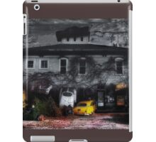 Fear and Loathing at the End of the Street iPad Case/Skin
