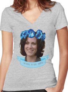 MONICA REYES X FILES ANGEL / ALIEN OF THE WORLD Women's Fitted V-Neck T-Shirt